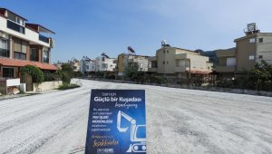 Kuşadası Belediyesi bir yılda 612 bin 896 metrekare yol çalışması yaptı