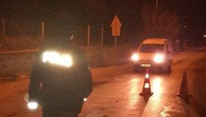 Kuşadası'nda çeşitli suçlardan aranan 8 kişi yakalandı