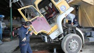 Makine İkmal tamir edip yeniliyor, Akdeniz Belediyesi tasarruf ediyor