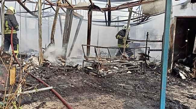 Marmaris Değirmenyanı'nda prefabrik ev tamamen yandı