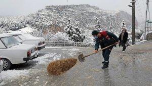 Menteşe Belediyesinde kar mesaisi
