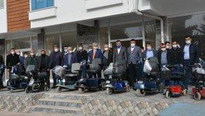 MHP Karaman İl Teşkilatından engellilere akülü araç