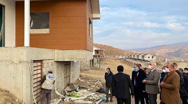 Milletvekili Kahtalı deprem konutlarını inceledi