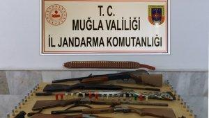 Muğla Jandarma KOM'dan kaçak silah operasyonu