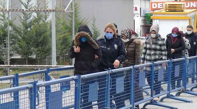 Niğde'de FETÖ'den gözaltına alınan 5 kişi adliyeye sevk edildi