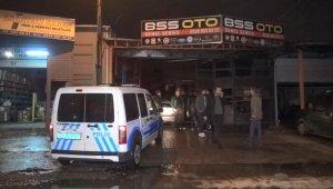 Oto tamircide patlama: 1 kişi dumandan etkilendi - Bursa Haberleri