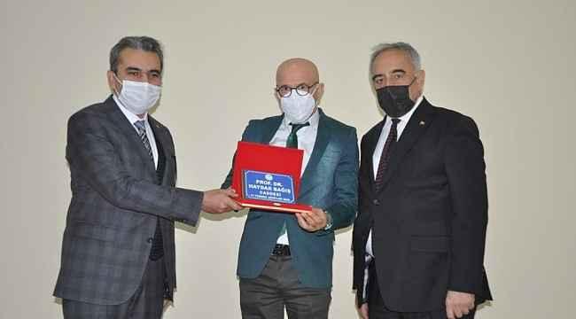 Prof. Dr. Haydar Bağış'ın ismi caddeye verildi