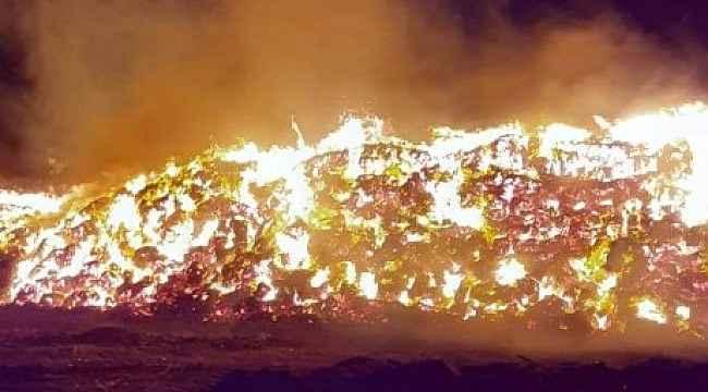 Saman balyaları alev alev yandı