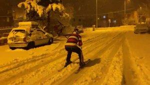 Sokakta kayak keyfi