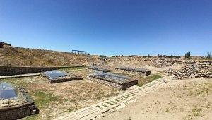 Türkiye'nin ilk milli kazı alanı Alacahöyük'te kazı süresi 12 aya çıkarıldı