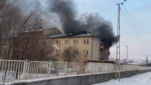 Tuzluca Devlet Hastanesinde yangın
