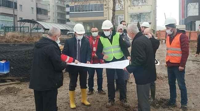 Vali Bilal Şentürk, Bozüyük'te yeni ADSM inşaatında incelemelerde bulundu