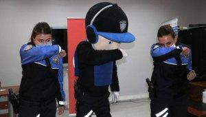 Van polisinden anlamlı proje
