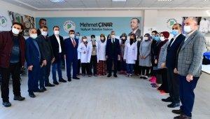 Başkan Çınar, tekstil kursunu ziyaret etti