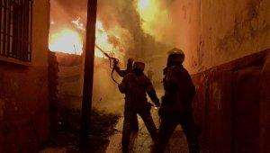 Bursa'da iki otobüs alevler içinde kaldı, yaşlı çift dumandan etkilendi - Bursa Haberleri