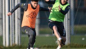 Bursaspor, Menemenspor maçı hazırlıklarını sürdürdü - Bursa Haberleri