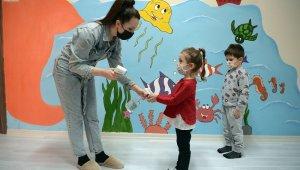 Çocuklar Bilgi Evleri'nde sevgiyle yetişiyor - Bursa Haberleri