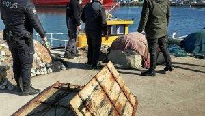 Denizde gizlenmiş 2 adet trol kapısı bulundu