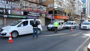 Diyarbakır'da sabahın ilk ışıklarında 56 saatlik sokağa çıkma kısıtlama denetimleri devam ediyor