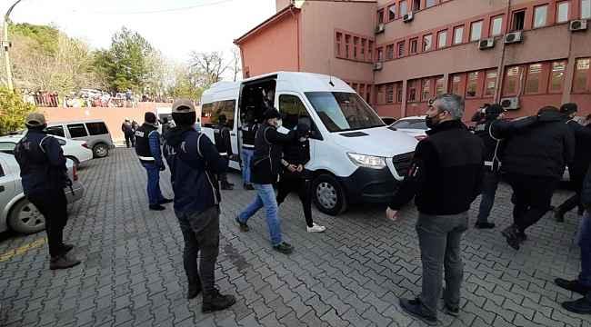 Karabük'te 1 yıldır takibe alınan suç örgütü 'Kurtbeyler' çökertildi