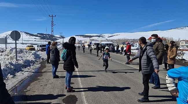 Kars'ta atletizm kros il seçmeleri devam ediyor