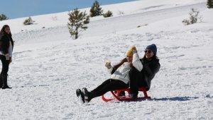 Keltepe Kayak Merkezi 10 bin kişi ağırladı