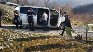 Kısıtlamada alkol alan 13 kişilik gruba ceza yağdı