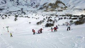 Kop Kayak Merkezi'nde sezon açılıyor