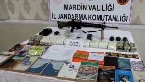Mardin'de teröristlerin inlerine girildi