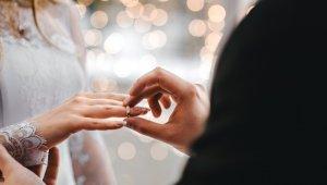 Mersin'de evlenmeler de boşanmalar da azaldı