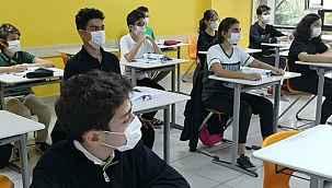 Yüz yüze eğitimin tüm sınıflarda başlatılma kararını Milli Eğitim Bakanlığı değil valilikler verecek