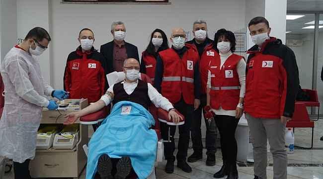 AK Parti'den Kadınlar Gününde kan bağışı - Bursa haberleri