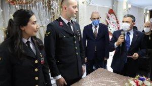Astsubay çift nikahlarına üniformaları ile katıldı
