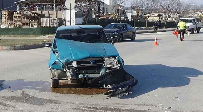 Aynı kavşakta yine kaza: 1 yaralı - Bursa Haberleri