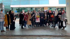 Başkan Aydın'dan AK Partili kadınlara 8 Mart sürprizi