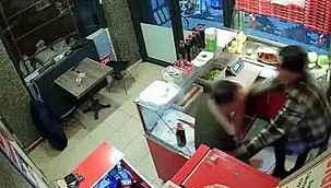 Çiğ köfte acılı olduğu için genç çalışanı darbeden saldırgan işten çıkarıldı