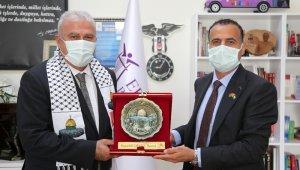 Efeler ile Filistin Abasan Al-Kabira Belediyeleri kardeş şehir oluyor