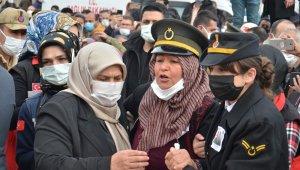 Kahramanmaraşlı şehit astsubay Afşin'de son yolculuğuna uğurlandı