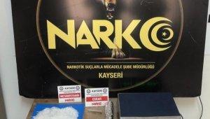 Kayseri'de 2 farklı uyuşturucu operasyonu: 3'ü yabancı uyruklu 5 gözaltı