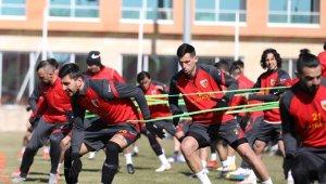 Kayserispor'un Çaykur Rizespor maçı kadrosu belli oldu