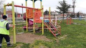 Köy karantinaya alındı, oyun parkları ve spor alanları kapatıldı