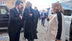 """Kültür ve Turizm Bakan Yardımcısı Yavuz """"Kar Festivali"""" için Ağrı'da"""