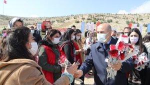 Mardin'de Dünya Kadınlar Günü'nde bin 200 fidan toprakla buluşturuldu