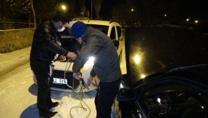 Mart ayında dondurucu soğuklar, araçlar çalışmadı
