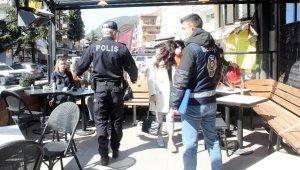Menteşe'de polis ve bekçiler yeni açılan işletmeleri denetledi