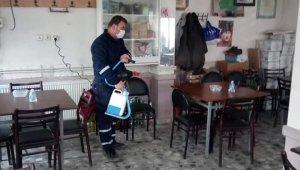 Osmaneli'nde açılan işletmeler dezenfekte edildi