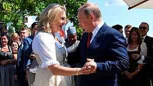 Putin ile dans eden eski bakanın hayatı değişti