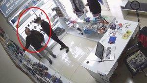 Sözde 'Tiktok fenomeni' hırsızlık çetesi kameralarda - Bursa Haberleri
