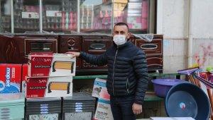 Tunceli'de esnaf, erken saatlerde kepenklerini açtı