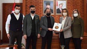 TÜRES İl Başkanı Çiçekli, Vali Becel'i ziyaret etti